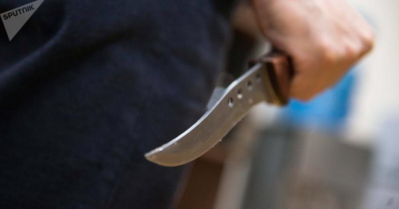 Житель Магадана всадил нож в грудь своей бывшей сожительницы