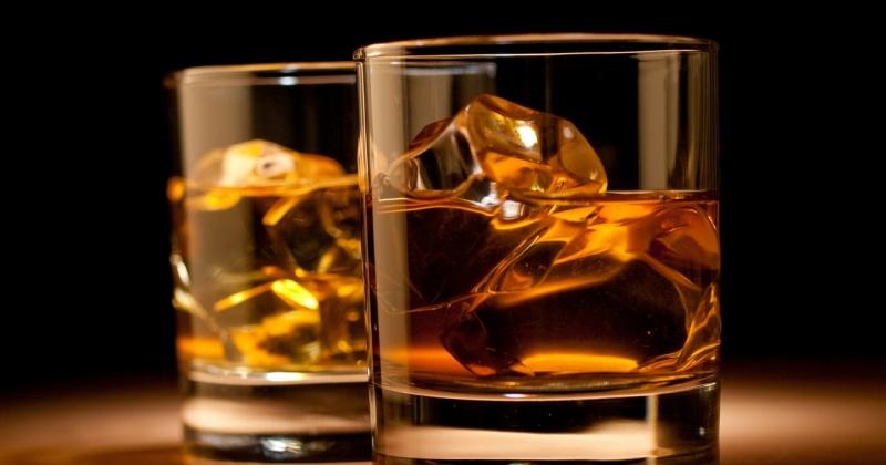 1066 жителей области привлечены к ответственности за распитие алкоголя в неположенных местах