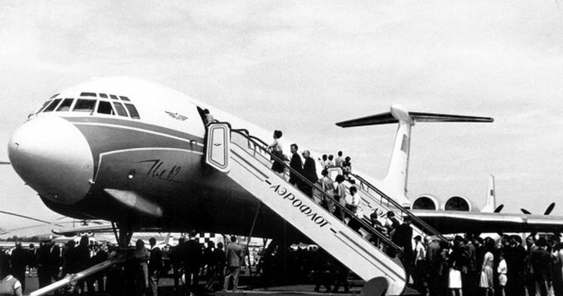 Первый беспосадочный рейс совершил самолет Ил-62М по маршруту Москва-Магадан 40 лет назад