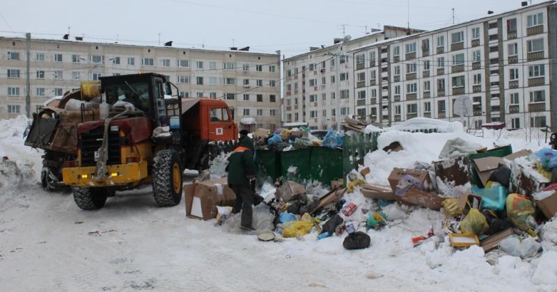 Регионального оператора  наказывают  за скопления елок, коробок и крупногабаритного мусора в Магадане