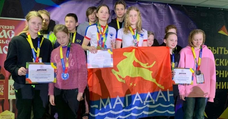 Пловцы из Магадана показали отличные результаты на детском турнире по плаванию «Кубок Золотого Кольца» в Кирове
