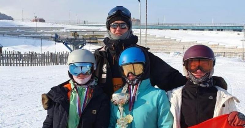 Воспитанники РГШ-Магадан стали призерами и победителями Всероссийских соревнований по сноуборду