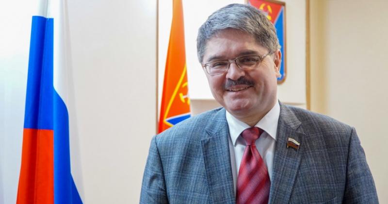 Анатолий Широков: Как и весна, вы несете созидательную энергию, вдохновляете и воодушевляете, наполняете нашу жизнь новым содержанием