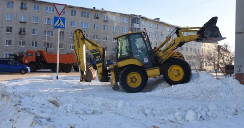 Сегодня, 26 марта на улицах Магадана работает 67 единиц спецавтотехники