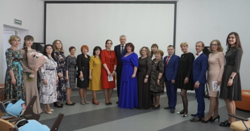 Губернатор Сергей Носов поздравил победителей конкурса «Педагог года Магаданской области – 2021»