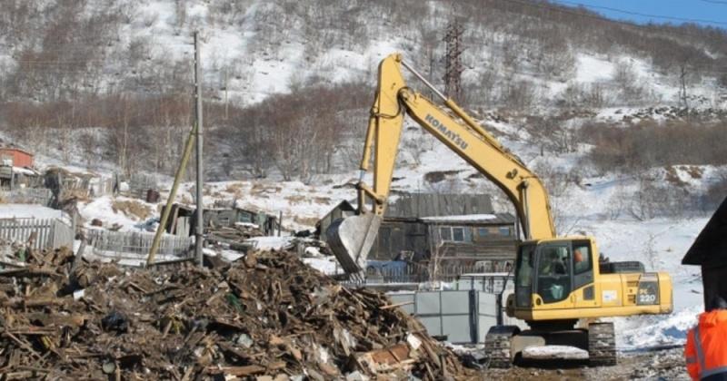 В этом году Магадан освободят от 420 бесхозных гаражей и ветхих строений