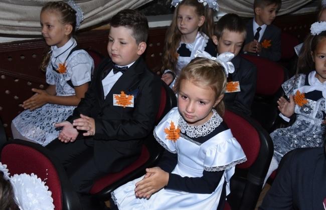В школы Магадана уже набрали больше тысячи первоклашек