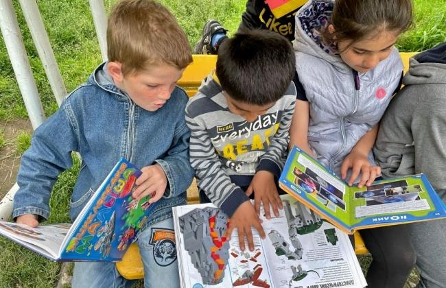 Библиотеки Магадана ждут юных читателей в новом учебном году
