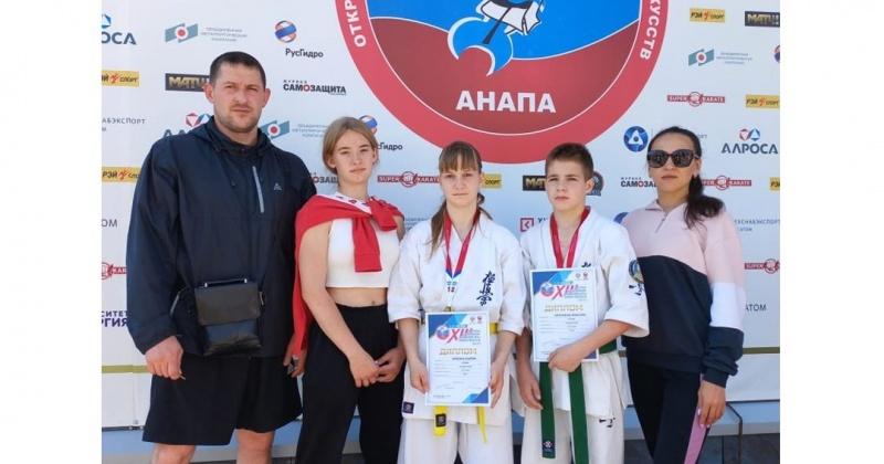 Сборная команда Магаданской области по киокусинкай успешно выступила на XIII Всероссийских юношеских Играх боевых искусств
