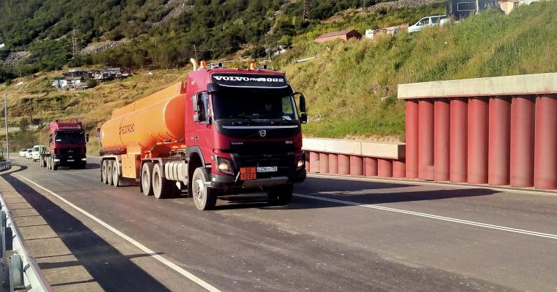 Двустороннее движение открыли на реконструированном Портовом шоссе в Магадане (Видео)