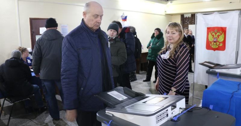 Выборы на Колыме, закрытие участков